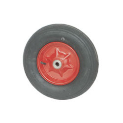 NB 400 GL-svař  25  Samostatné nafukovací kolo na plechovém barveném disku